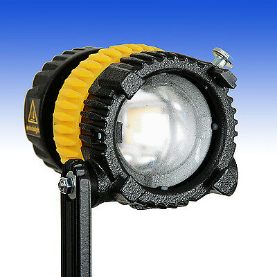 Dedolight DLED3-D Turbo - fokussier- + dimmbare Tageslicht LED Leuchte - 8100Lux
