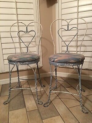 Antique Vintage Ice Cream Parlor Twisted Metal Chairs Heart Back  Set of 2