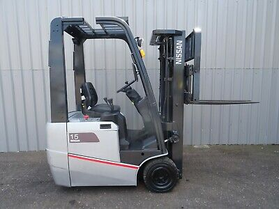 NISSAN S1N1L15Q .4300mm LIFT. USED ELECTRIC FORKLIFT TRUCK. (#2281)