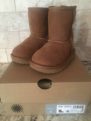 21dce3fb6a5 UGG AUSTRALIA TODDLERS' CLASSIC II Boots Chestnut/Pink 1017703T ...