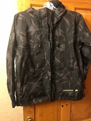 Boys age 11-12 Location Jacket. Junior Black Camo Waterproof with Hood Brand New