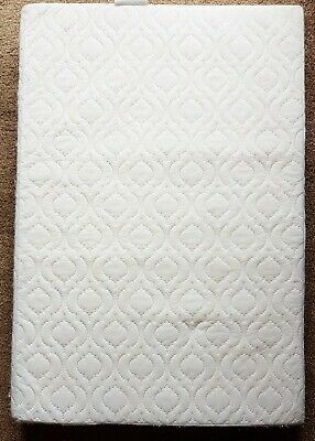 Extra Thick Travel Cot Mattress Breathable With Quilted Cover 65 x 95 x 10 cms
