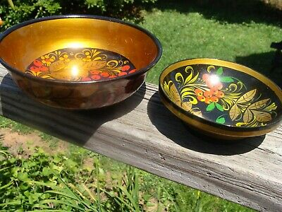 (Lot of 2) RUSSIAN Black LACQUER Wood BOWLS Little red berries ~ EUC