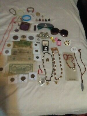 huge junk drawer lot#2jewlrey/coins/charms/other great stuff