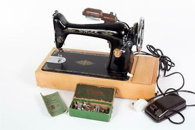 "Vintage ~ ""Singer 66K"" Electric Sewing Machine"