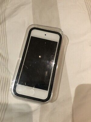 Apple iPod MKHX2LL/A touch 6th Generation Silver (32GB)