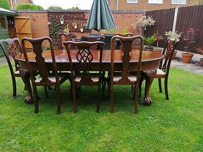 Dining table and set of eight chairs, solid mahogany late, Victorian Edwardian.