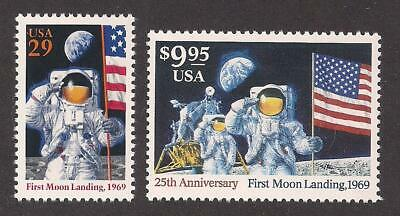 APOLLO 11 - FIRST MOON LANDING - SET OF 2 U.S. STAMPS - 25th ANNIVERSARY (1994)