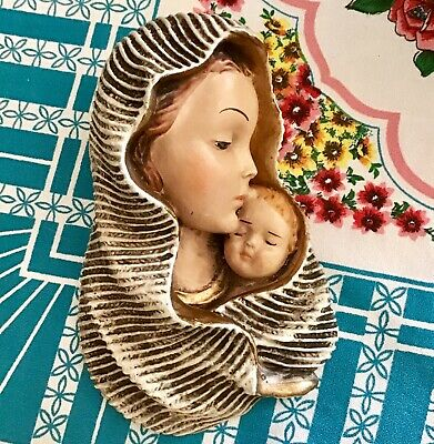 Vintage retro religious Madonna and child plaster chalkware wall plaque