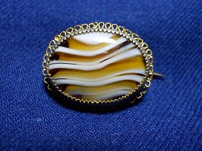 Exquisite Antique 19th cent. Brooch Made of Slag Glass to Look Like Banded Agate