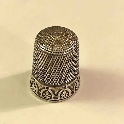 Antique Sterling silver sewing Thimble #12 acanthus leaf pattern