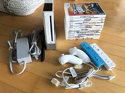 Nintendo Wii White Console RVL-001 System Bundle 10 Sports Games & 2 Controllers
