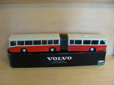 1980's NZG 1/50TH SCALE DIECAST VOLVO B10M ARTICULATED BUS RED BLACK BOX GERMANY