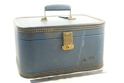 Vintage Starline Baltimore Luggage Co. Blue Train Case with ID Tag