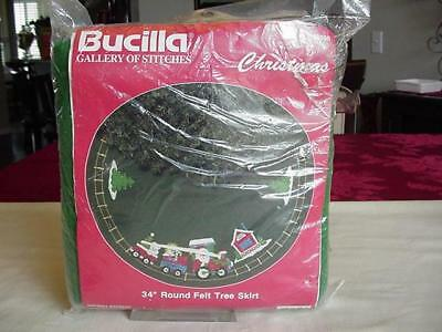 "Bucilla Holiday Express 34"" Round Felt Tree Skirt Kit Nip 1991"