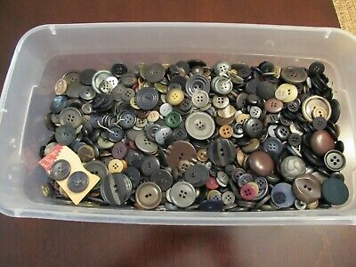 Lot 4 Lbs Pounds Of Dark Colored Buttons For Crafts Sewing