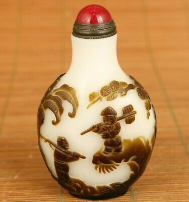 rare chinese old glaze Handcarved farmers work snuff bottle fine decoration gift