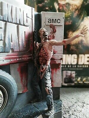 The Walking Dead Saison 6 edition Collector ultime comme neuve. Blu-ray