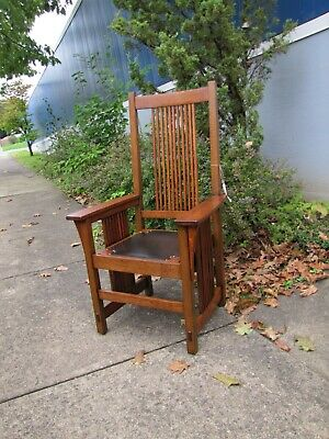 ANTIQUE  nice GUSTAV STICKLEY large arm spindle chair w5134