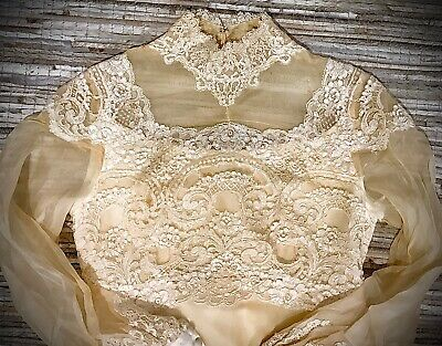 Antique 40's Ivory Wedding Gown w/Petticoat, Bubble Sleeves. Empire Waist. Sm