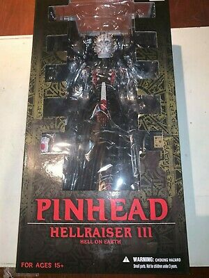 Pinhead Hellraiser Hell On Earth 12' Figure