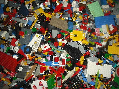 1kg / 1000g LEGO bundle random bricks job lot.Each set will baseplate minifigure