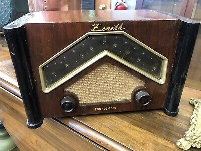 Zenith 6D029 Boomerang Wood Deco Tube Radio Works Great