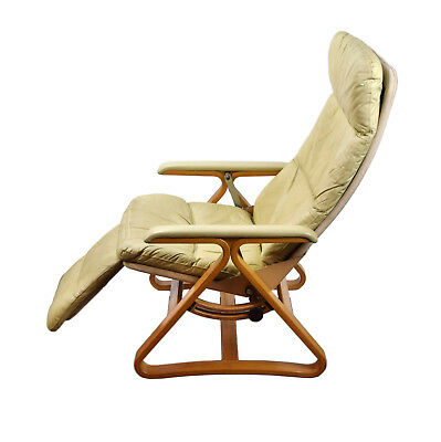 Vintage Modern White Leather Nepsco Backsaver Bentwood Recliner Lounge Chair
