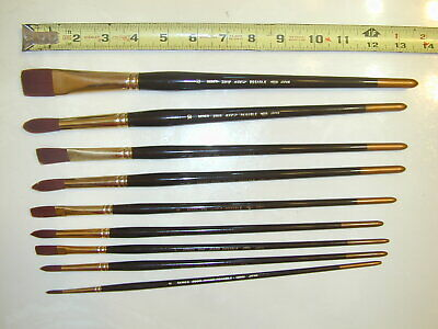 Lot 9 Holbein series 220 R hard resable paint brushes