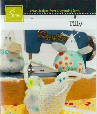 PATTERN - Tilly - cute & easy mouse pincushion PATTERN - Sewn Into the Fabric