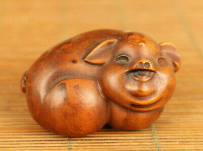 Chinese old boxwood hand carved lovely pig statue netsuke table decoration gift