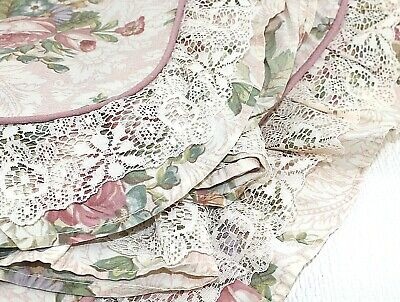 Pair Dorma Pillowcases Frilled edges lace Floral Chintz Pink  piping Bedding 26