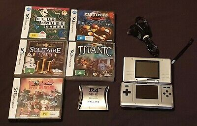 Nintendo DS +5 Games Includes R4 Card 500+ Games