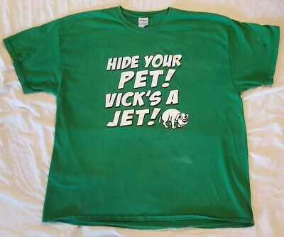 9899a424 NEW YORK JETS funny football t-shirt THIS TEAM MAKES ME DRINK ...
