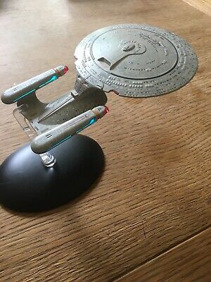 Eaglemoss Star Trek TNG Future USS Enterprise NCC 1701-D Diecast Starship