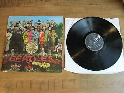 Beatles 'Sgt Peppers Lonely Hearts Club Band' LP