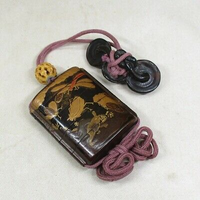 A667: Real Japanese old lacquered pillbox INRO w/Insects MAKIE and rare NETSUKE