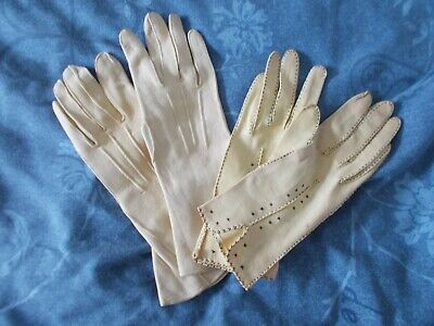 Vintage ladies gloves, two pairs, cream, small