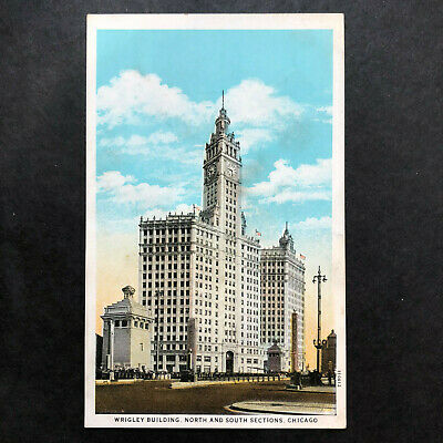 Wrigley Building Chicago IL Vintage Postcard~The Flavor Lasts Gum Ad on back