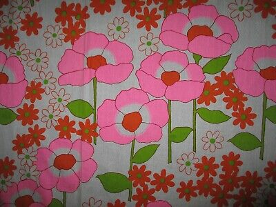 2 METERS  1960s FLOWER POWER COTTON FABRIC
