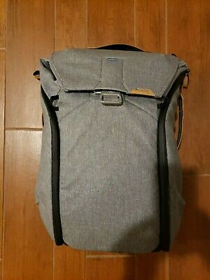 EXCELLENT Peak Design Everyday Backpack 30L Ash. Perfect