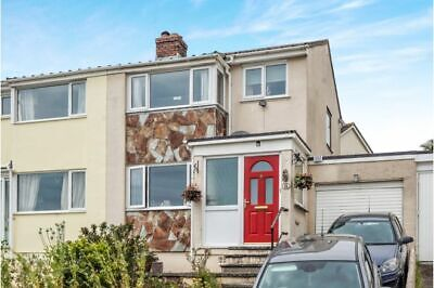 3 bedroom semi-detached house with garden located in Wadebridge, Cornwall