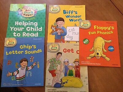 Oxford Reading Tree Read With Biff, Chip, and Kipper: First Stories: Level 1.