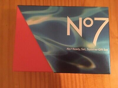 Boots No7 Summer Ready Gift Set - NEW