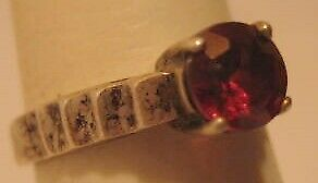 Lovely Old Sterling Silver Ring 925 With Red Stone size 5