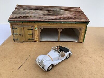 Model Garages and Workshops 2x Open / 1x Closed 1/43 Scale for Diorama