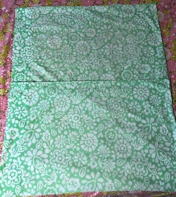 Vintage Fieldcrest Perfection 2 Standard PIllowcases Green White Floral Percale