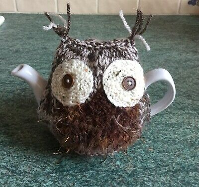 Hand knitted Owl tea cosy - 2 Cup Pot