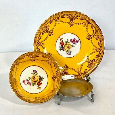 Aynsley Cup & Saucer Yellow Gold Gild W Yellow Rose Floral Bouquet England