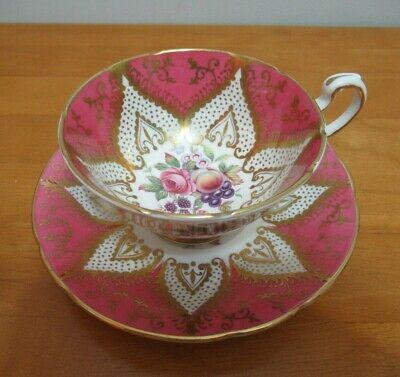PARAGON WIDE mouth PINK GOLD FRUIT ROSE TEA CUP & SAUCER VINTAGE England EUC
